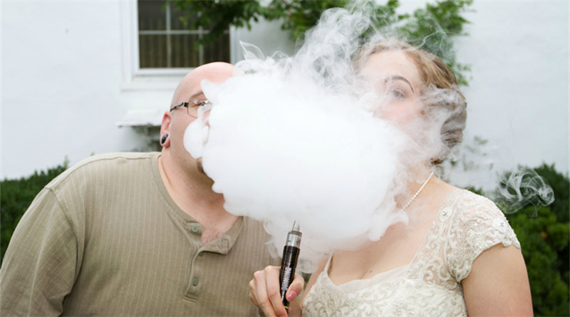 Vaping in wedding photos is new viral trend